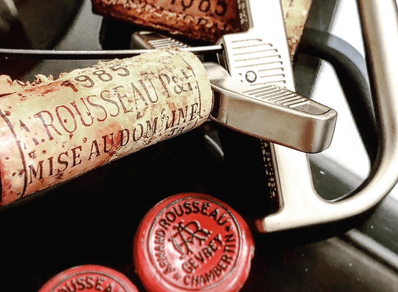Открытая бутылка с помощью The Durand